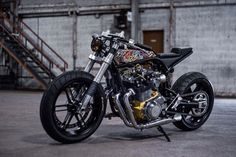Rebellious spirit. Suzuki GSX1100 Cafe Racer by Ed Turner #motorcycles #caferacer #motos | caferacerpasion.com