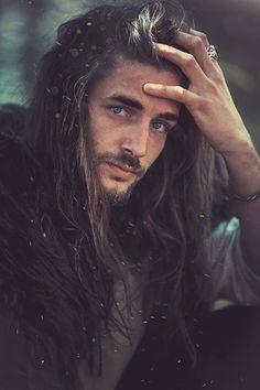 Juu Fimbulvetr for Dark Beauty Magazine Dark Beauty, Pretty People, Beautiful People, Viking Men, Gorgeous Men, Pretty Men, Character Inspiration, How To Look Better, Portraits