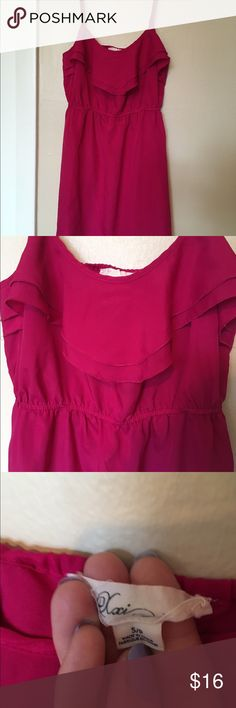 Pink silky dress Great dress with silky feel and has adjustable straps Xxi Dresses Mini