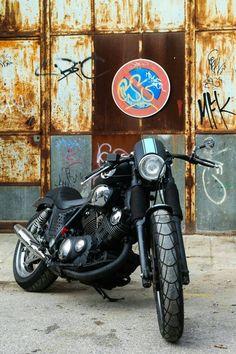 Virago 535, Yamaha Virago, Harley Davidson Motorcycles, Cars And Motorcycles, Bobbers, Kustom, Anarchy, Custom Bikes, Steampunk