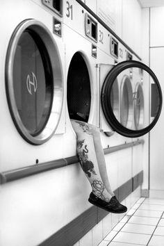 She's got legs - Christophe Lecoq Robert Doisneau, My Beautiful Laundrette, White Houses, Black And White Photography, Monochrome, Laundry, Sally, Skeleton, Rebel