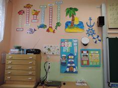 Námořnická 2.B Classroom, Kids Rugs, Education, School, Frame, Home Decor, Class Room, Decoration Home, Kid Friendly Rugs