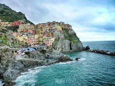 The Cinque Terre towns offer breathtaking views and will make your vacation special whether you want to relax or prefer hiking and active sea activities. Italy Travel, Us Travel, Travel Guide, Sea Activities, Cinque Terre Italy, Travel Videos, Traveling With Baby, The Great Outdoors, Backpacking