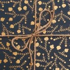 Holiday Wrapping Paper / Poketo