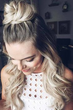 Easy hairstyles for long hair are an important part of our beauty routine on Valentine's Day. These easy hairstyles are a real deal. And due to its beauty, you will want to take selfies with such hairstyle all the time. #hairstyles #longhairstyles
