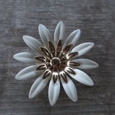 Sarah Coventry Fashion Petals White and Gold Flower Brooch by DresdenCreations