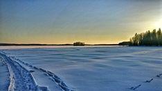 #sunsets #sunsetsky #sunrise_sunsets_aroundworld#sun #sunday #sun #skymadness #skyporn #sunsetsniper #finland #suomenluonto #luonto #naturephotography #naturelove #finnishnature #winter #winterwonderland #landscape #landscapes #landscaper #landscapelover #mobilephotography #mobilephoto