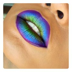 These ombre Fun Dip Lips by Tynea M look fabulously infectious!