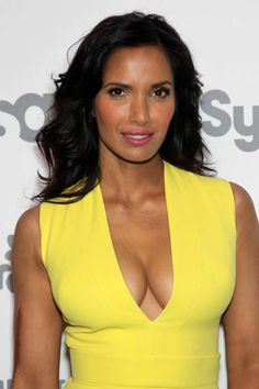 Padma Lakshmi - 2015 NBCUniversal Cable Entertainment Upfront in New York City, Padma Lakshmi Style, Outfits and Clothes. Girl Celebrities, Hollywood Celebrities, Celebs, Lakshmi Photos, Gal Gabot, Padma Lakshmi, Jamie Chung, Portraits, Brunette Beauty