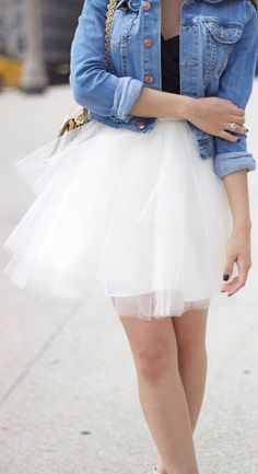 PR FASHION BEAUTY: 56 Fabulous Ways To Wear Tulle + Tulle Skirt DIY