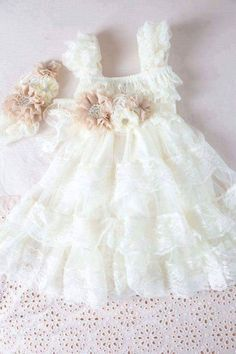Ivory Lace Flower Girl Dress Ivory Lace Baby by CountryCoutureCo Vintage Flower Girls, Vintage Girls Dresses, Ivory Flower Girl Dresses, Lace Flower Girls, Little Girl Dresses, Lace Flowers, Dress Vintage, Wedding Flowers, Kind Mode