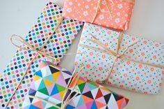 Patterns galore with rafia ribbons! Cadeau papier