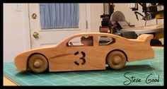 Really cute pattern for DIY wooden race car. Tons of Kool patterns on this website.