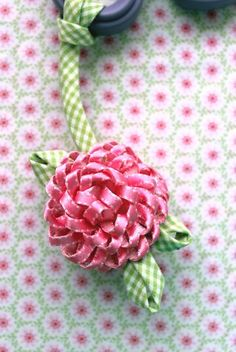 How-to make a Spring Scissor Fob from Kari Mecca of Kari Me Away - ribbon work, could be a dahlia Dyi Flowers, Satin Ribbon Flowers, Fabric Ribbon, Handmade Flowers, Fabric Flowers, Ribbon Crafts, Flower Crafts, Heirloom Sewing, Ribbon Work
