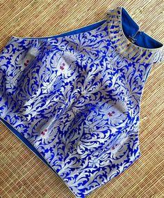 Option for BM saree jacket cut Choli Designs, Kurta Designs, Saree Jacket Designs, Choli Blouse Design, Saree Blouse Neck Designs, Fancy Blouse Designs, Stylish Blouse Design, Designer Blouse Patterns, Indian Designer Outfits