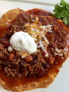 Navajo Tacos are an easy buffet style meal that everyone will enjoy! thefoodnanny.com