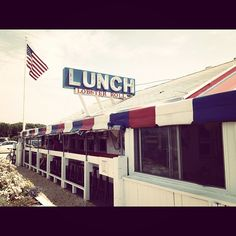 Had my first lobster roll here. Fantastic little roadside place. Hidden Treasures, Long Island, Summer Recipes, The Hamptons, Fair Grounds, Lunch, Summer Food, Places, Outdoor Decor