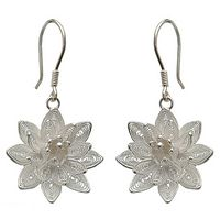 Sterling silver flower earrings, 'Dancing Gardenia' - Floral Sterling Silver Filigree Earrings
