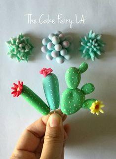 12 Assortment of Fondant Cactus & Succulents for Cakes and Cupcakes - Fiori di zucchero - Deco Cactus, Cactus Cake, Creative Cake Decorating, Creative Cakes, Cake Decorating With Fondant, Decorating Tips, Fondant Cakes, Cupcake Cakes, Car Cakes