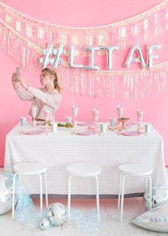 Medium Talking Tables Bday We Heart Birthdays Glitter Candle-8 Papel Multicolor