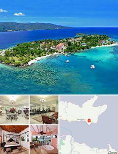 O hotel situa-se em Cayo Levantado, numa ilha junto à pequena Península de Samaná, na costa nordeste do Atlântico na República Dominicana. Localiza-se na baía de Samaná com paradisíacas praias de areia branca e águas cristalinas, rodeado de uma belíssima paisagem de floresta tropical.
