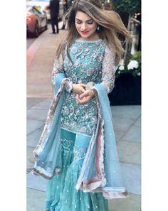 Party Wear Indian Dresses, Designer Party Wear Dresses, Pakistani Wedding Outfits, Indian Designer Outfits, Pakistani Dresses, Indian Outfits, Wedding Dresses, Stylish Dresses, Simple Dresses