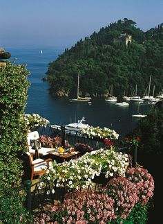 Italian Ways — In Portofino and in this hotel history and...