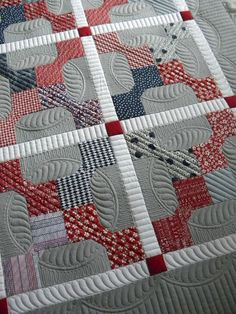 Sew Kind Of Wonderful: Jodis Beautiful Quilt, love this quilting