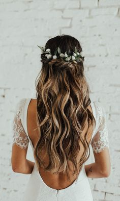 Wedding Hair Down Wedding bride bridal hair hairstyle updo hairdo loose waves curls long down half up half down flowers crown Indie Wedding Dress, Wedding Hair Down, Bohemian Wedding Dresses, Sexy Wedding Dresses, Wedding Hair And Makeup, Wedding Updo, Bridal Dresses, Bohemian Wedding Hairstyles, Half Up Half Down Wedding Hair