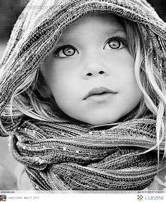 اغرسوا في أبنائكم أن الله الرقيب يراقبكم ويعلم ما تفعلون إن فعلتم مافعلتم بعيدا عن أعيننا، بدلا من تخوفوهم بكم أو بالناس ازرعوا في قلوبهم مراقبة الله وستثمر تعظيما لله يجعلهم ينتهون عن ما حرم الله. - fajeralkous