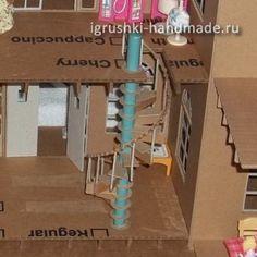 как сделать игрушечный домик для кукол из картонной коробки своими руками
