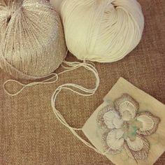 Avance de  los nuevos proyectos!!!! Fieltro algodón aguja y un poco de imaginación! !!! #bordadoamano #bordando #embroidery #designer