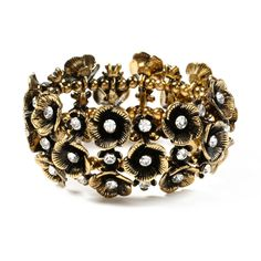 I love the style of this bracelet