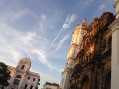 Caught the flight of a plane along with the early sun light! Plaza Catedral, Casco Vieo Panama