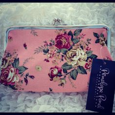 Mottisfont Medium Pink flower Purse  https://www.facebook.com/pages/Elinors-Cupboard/222897244404367?ref=hl