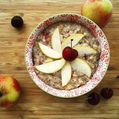 """lucirebecca on Instagram: """"// b r e a k f a s t : apple-cherry pie oats // Look at me trying to be all arty  what do you think? Made with love, @deliciousalchemy GF oats, chia, water, cherries, apples, cinnamon, vanilla extract and @skinnymixes almond syrup ----------------------------------------------- #breakfast #whatieat #eatwell #igfood #instafood #intuitiveeating #delicious #foodie #foodpic #fooddiary #healthy #healthyeating #mindfuleating #fooddiary #foodlover #eathealthy #vegan Intuitive Eating, Mindful Eating, Food Diary, Cherries, Syrup, Glutenfree, Apples, Cinnamon, Almond"""