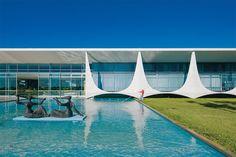 Niemeyer's Brasília: A Symbol Of Modernist