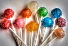 Delicious and Easy: The Recipe for House Lollipops- Délicieuse et Facile : La Recette des Sucettes Maison Lollipops, everyone likes that. The big ones, like … - Fruit Salad Ideas Parties, Party Food And Drinks, Tart Recipes, Sweet Recipes, Snack Recipes, Fruit Diet, New Fruit, Drinks Tumblr, Fruit Salad With Marshmallows