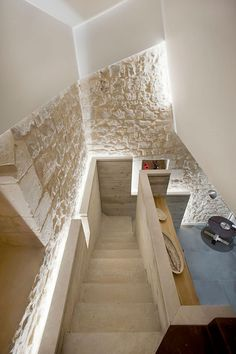 Interior Stairs, Interior Architecture, Rural House, Cottage Living Rooms, Desert Homes, Country Interior, Earth Homes, Brick And Stone, Stone Houses