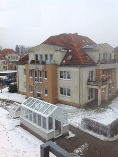 10 Mehrfamilienhäuser, einzeln oder im Paket, gut vermietet, im Berliner Umland zu verkaufen. Bei Interesse senden Sie bitte eine Mail an mailto:info@gaede... für die Übermittlung weiterer Details.