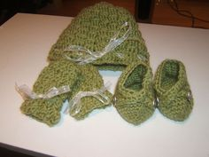 Baby hat, mittens, and booties that I made for a friend.  Spring green.