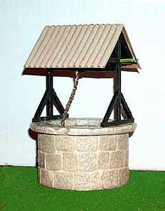 Wishing well tutorial - French page 4 the tutorial covers 5 pages Diy Dollhouse, Dollhouse Furniture, Dollhouse Miniatures, Christmas Villages, Playground Toys, Wishing Well, Miniture Things, Fairy Houses, Miniature Dolls