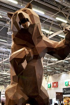 Sculpture Wild Choco Bear - Salon du Chocolat 2015 Zippertravel.com Digital Edition