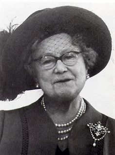 Queen Elizabeth the Queen Mother wearing glasses... a very rare sight