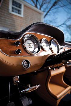 https://www.facebook.com/classiccarsmagazine/photos/pcb.10153113030357668/10153113021317668/?type=1