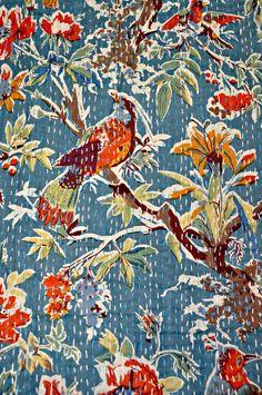 Cotton sari Kantha Quilt, floral birds kantha Quilt, Kantha Throw Blanket, Antique Quilt, Handmade Vintage Throw Blanket, indian tapestry