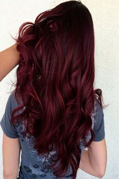 Burgundy Hair Color ideas In 2019 burgundy hair ideas in spring and summer of trendy hairstyles and colors women hair colors;burgundy hair ideas in spring and summer of trendy hairstyles and colors women hair colors; Aubergine Hair Color, Dark Burgundy Hair Color, Color Red, Red Burgundy, Color Shades, Red Balayage Hair Burgundy, Violet Red Hair Color, Eggplant Hair, Purple Hair