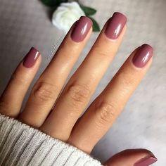 Pour ce post The Trendiest Fall Nail Colors + Fall Nails Inspiration vous naviguez. The Trendiest Fall Nail Colors + Fall Nails Inspiration … Fall Nail Designs, Acrylic Nail Designs, Art Designs, Design Ideas, Nails Design Autumn, Burgundy Nail Designs, Mauve Nails, Mauve Nail Polish, Gel Nail Polish Colors