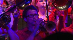 Right Now - Sweet - Medley - Swiss Powerbrass feat. Nat McIntosh (Youngb...
