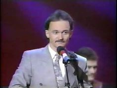 The Statler Brothers - More Than a Name On a Wall.my mom loved the Statler Brothers.and passed it on to me.love to hear them sing! Country Music Awards, Country Singers, Gaither Gospel, Joyce Taylor, Audio Bible, Spiritual Music, Sing For You, Baked Garlic, Types Of Music